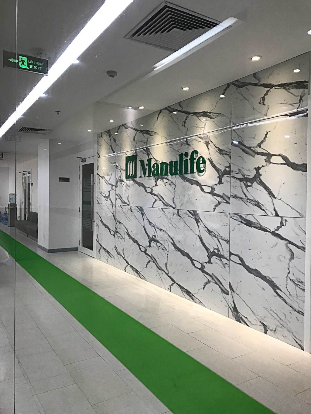 Solid_Manulife_2
