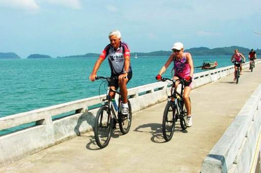 Cycling Bangkok to Siem Reap