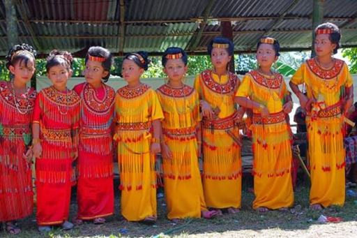 Essential Sulawesi: Sengkang and Toraja Tour